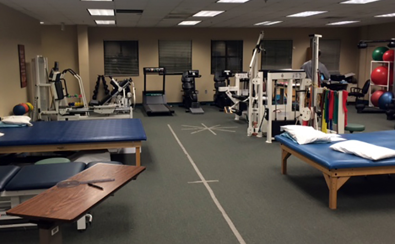 Drayer Physical Therapy in Athens, AL Interior