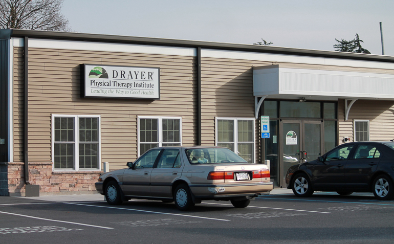 Dillsburg PA Drayer Physical Therapy Clinic Exterior
