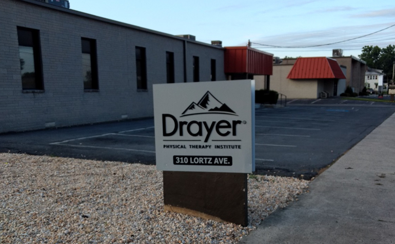 Chambersburg PA Drayer Physical Therapy Clinic Sign