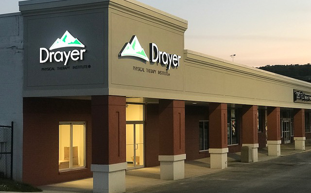 Waynesboro PA Drayer Physical Therapy Institute Clinic Exterior
