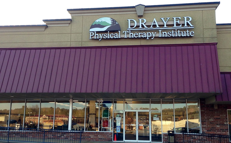 Monroe GA Drayer Physical Therapy Clinic Exterior