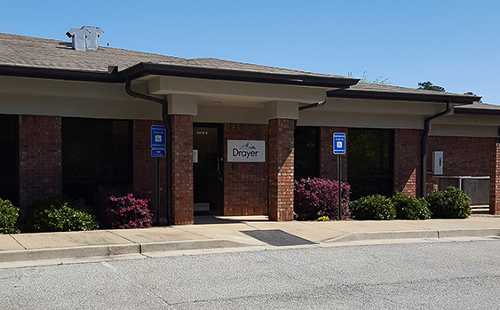 Newnan GA Drayer Physical Therapy Clinic Exterior