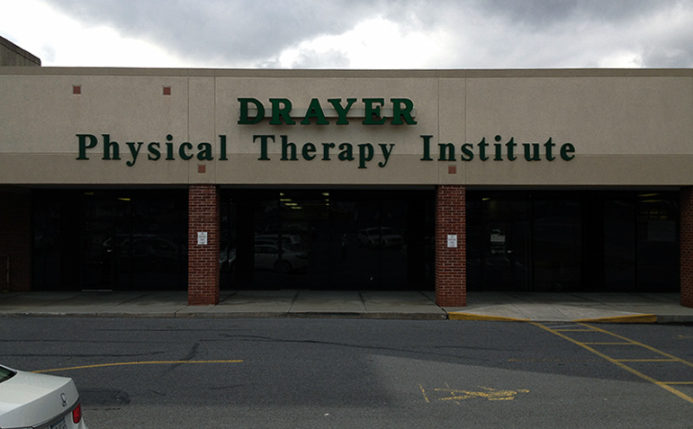 Roaring Spring PA Drayer Physical Therapy Clinic Exterior