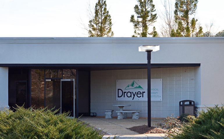 Peachtree City GA Drayer Physical Therapy Clinic Exterior