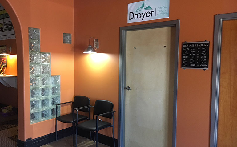 Drayer Physical Therapy Delta PA Entrance