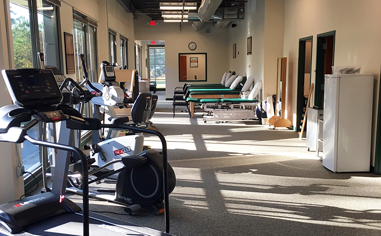 Drayer Physical Therapy in Douglasville, GA Clinic Interior
