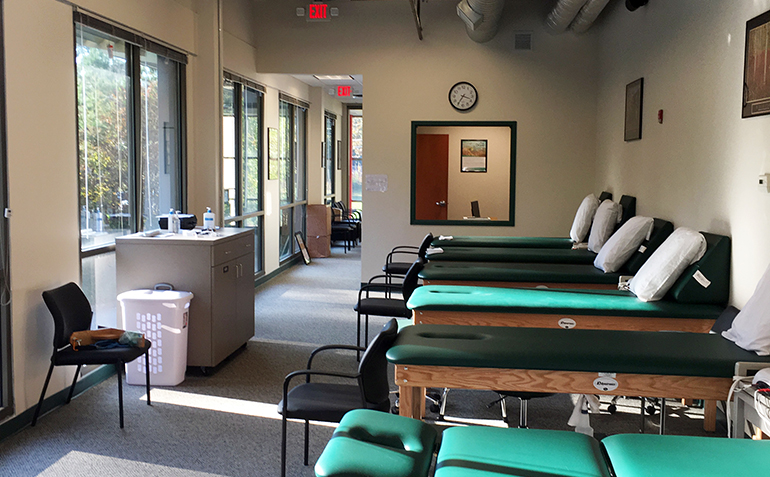 Drayer Physical Therapy in Douglasville, GA Treatment Tables