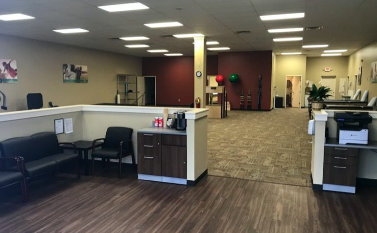 Drayer Physical Therapy in Lawrenceburg, IN Clinic Interior