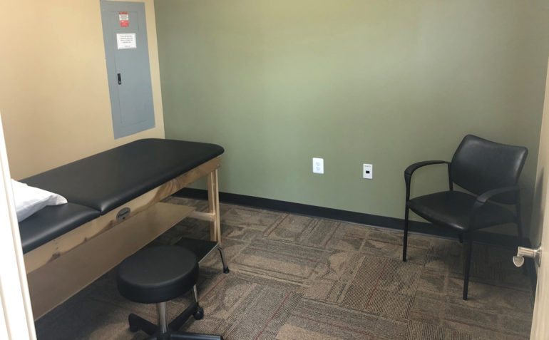 Drayer Physical Therapy in Fulton, MD (Maple Lawn) Private Treatment Room