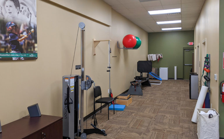 Drayer Physical Therapy Middletown interior 02